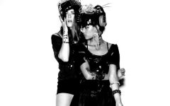 iconapop_2013_big